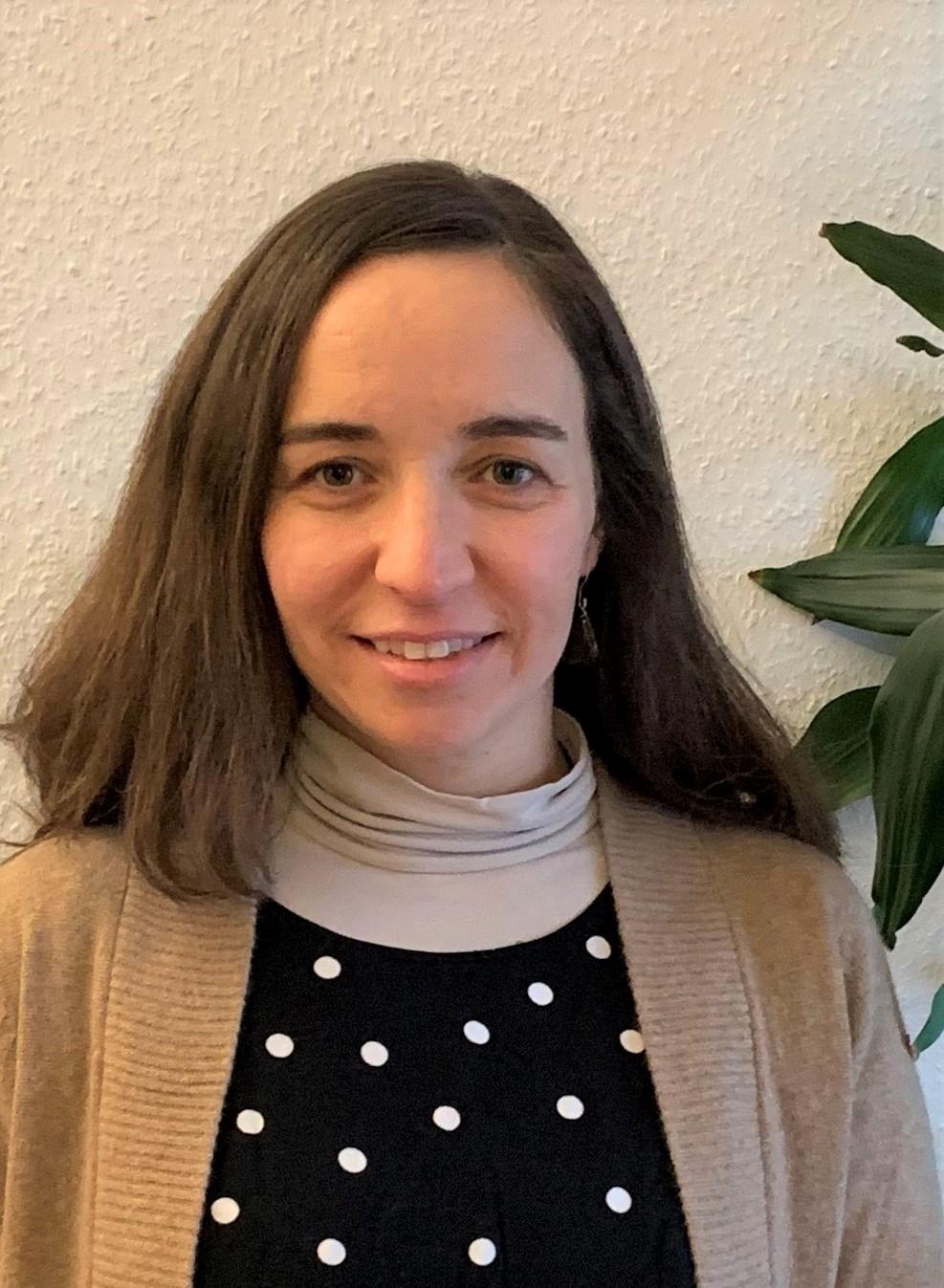 Dr. Ana Meijide