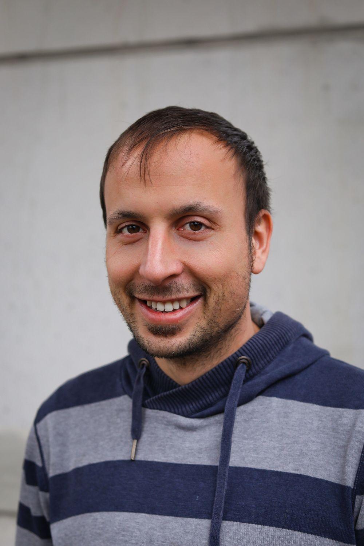 Dr. Dominic Lemken