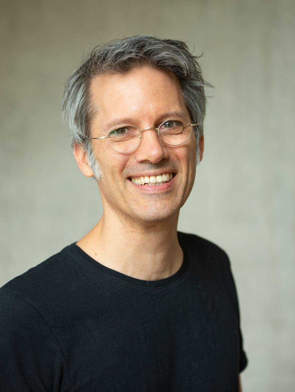 Dr Oliver Schülke