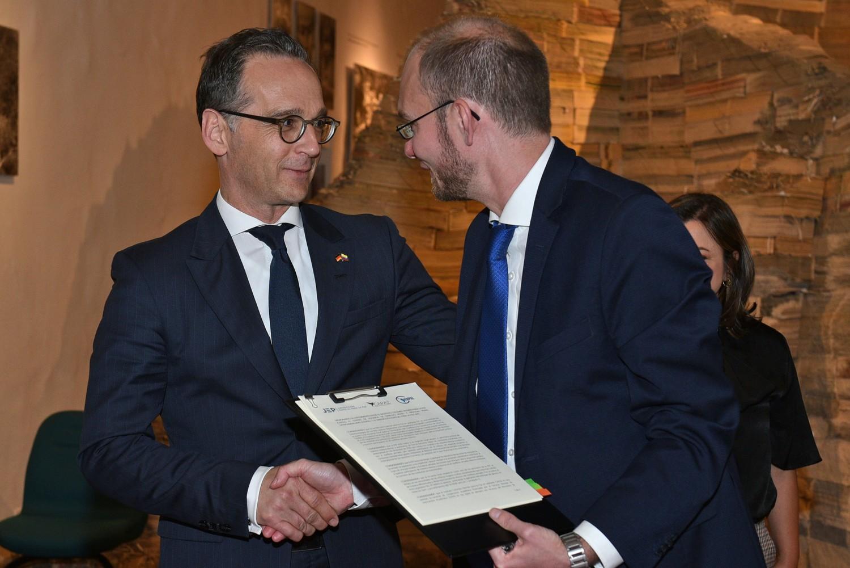 Die Förderung und Vertiefung deutsch-kolumbianischer Wissenschaftskooperationen ist das Ziel einer Absichtserklärung zwischen der Forschungsstelle für lateinamerikanisches Straf- und Strafprozessrecht (CEDPAL) an der Universität Göttingen, dem Deutsch-Kolumbianischen Friedensinstitut (CAPAZ) und der Sondergerichtsbarkeit für den Frieden in Kolumbien (Jurisdicción Especial para la Paz, JEP). Das Abkommen wurde am 30. April 2019 in Anwesenheit von Bundesaußenminister Heiko Maas in Bogotá unterzeichnet.