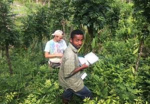 Dominik Schwab and field assistant Gatien Rasolofonirina during field research.