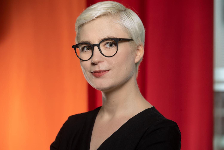 Dr. Lucia Sommerer