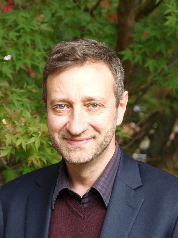 Prof. Dr. Michael Rostás