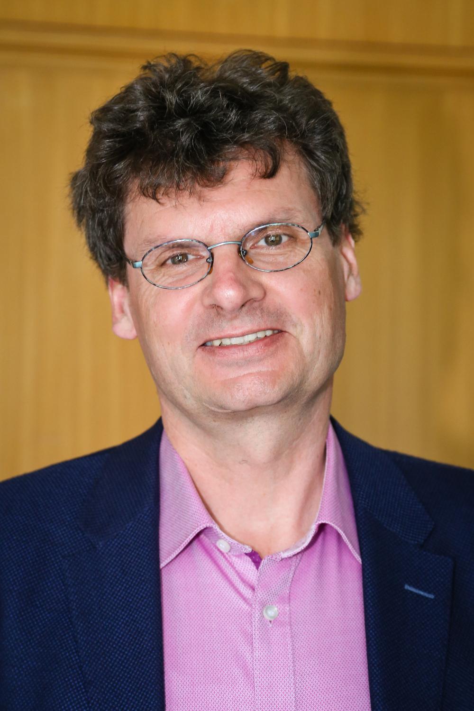 Prof. Dr. Stefan Siebert