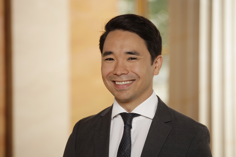 Professor Simon Trang
