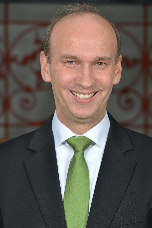 Prof. Dr. Arnulf Quadt