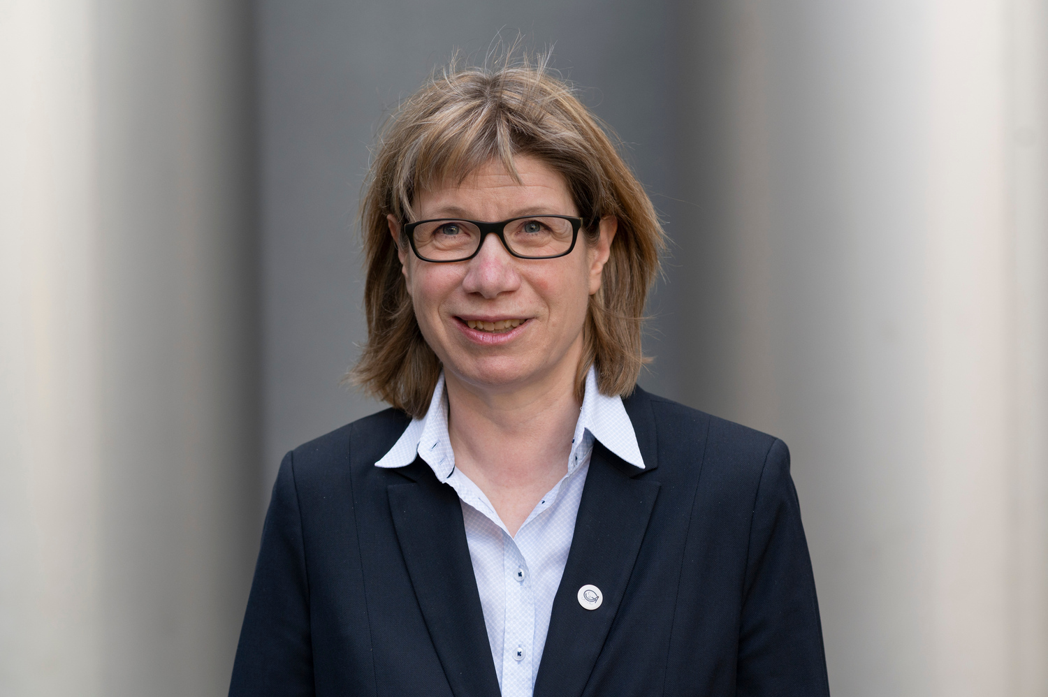 Professor Anke Holler