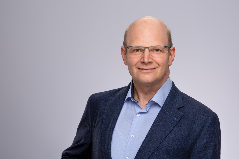 Sprecher des SFB ist Prof. Dr. Thorsten Hohage vom Institut für Numerische und Angewandte Mathematik.